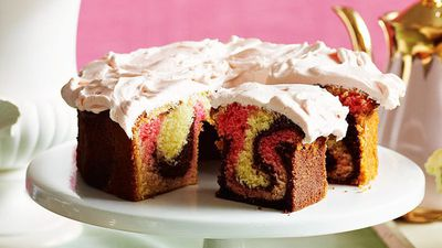 "Recipe: <a href=""http://kitchen.nine.com.au/2016/05/13/12/37/marble-cake"" target=""_top"">Marble cake</a>"