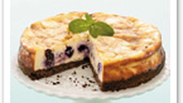 Blueberry and butterscotch cheesecake