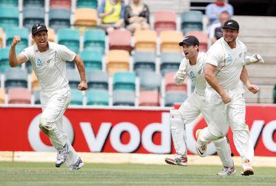 CRICKET: 2011-12 Second Test - New Zealand bt Australia by seven runs.