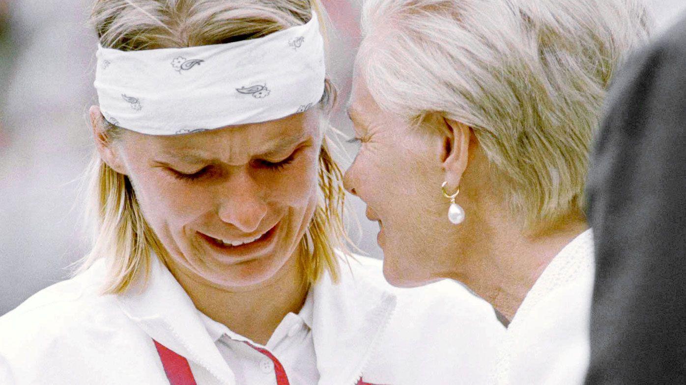 Wimbledon champion Jana Novotna dies