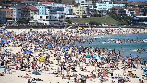 The dry weather has attracted thousands to Sydney's beaches.