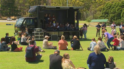 Adelaide Hills residents gather to remember the one-year anniversary of the Cuddle Creek bushfire.