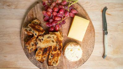 Cheeseboard hot cross buns