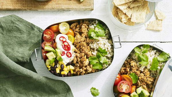 "Recipe: <a href=""http://kitchen.nine.com.au/2018/01/23/10/42/chicken-taco-bowl"" target=""_top"">Hayden Quinn's free range chicken taco bowl</a>"
