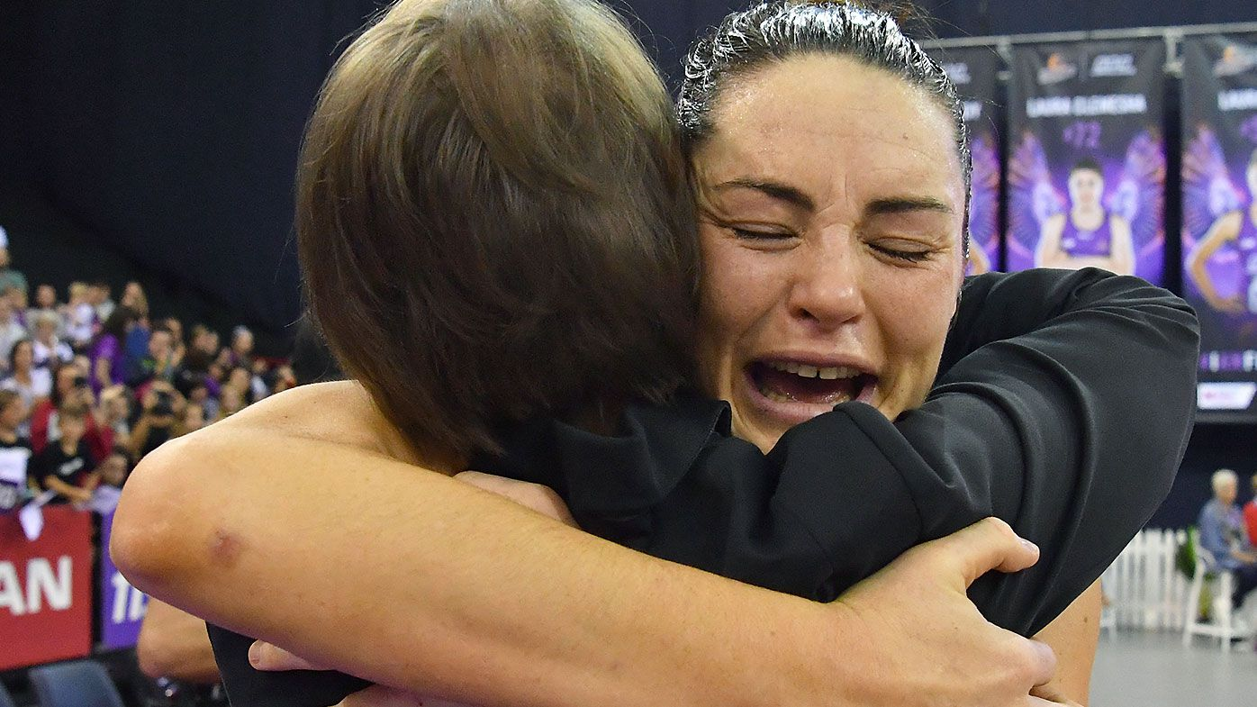 Queensland Firebirds book finals spot with thumping win over Collingwood