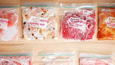How to freeze food in useful and easy to store portions