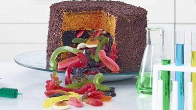 "Recipe:&nbsp;<a href=""http://kitchen.nine.com.au/2016/11/04/07/35/anna-polyvious-trickle-treat-white-choc-mud-cake"" target=""_top"">Anna Polyviou's trickle treat white choc mud cake</a>"