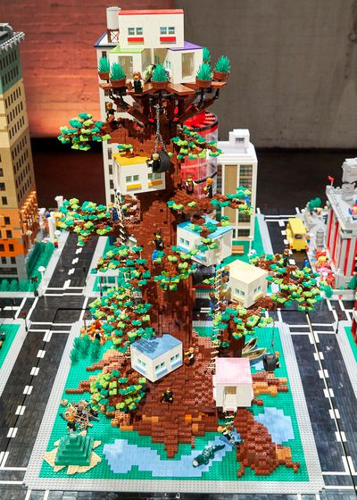 Mega Cities Challenge: Henry and Cade's Tree House