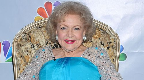 Man fundraising to protect Betty White for the rest of 2016