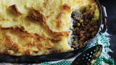 "Recipe: <a href=""http://kitchen.nine.com.au/2017/10/03/12/54/wills-shepherds-pie"" target=""_top"">Will's shepherd's pie</a>"
