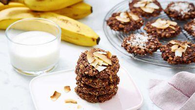 """Recipe: <a href=""""https://kitchen.nine.com.au/2018/01/11/15/58/chocolate-cookie-stack"""" target=""""_top"""">Chocolate cookie stack</a>"""