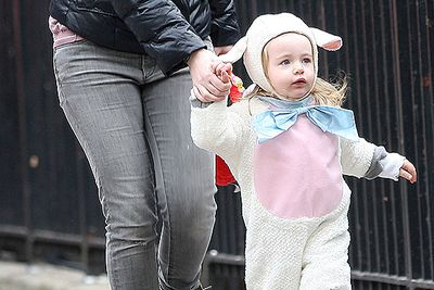 Sarah Jessica Parker dresses baby twin Tabitha Broderick in an adorable little lamb costume for Halloween.