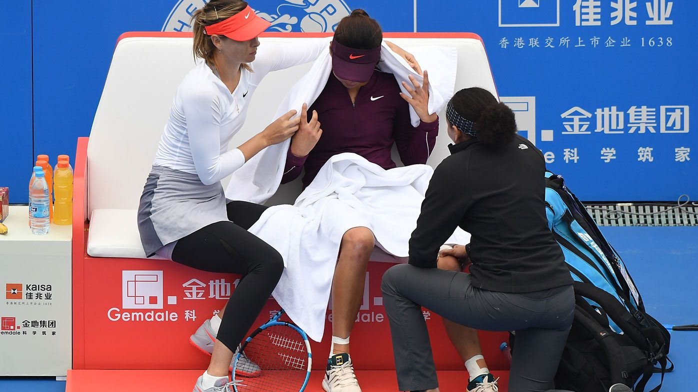Maria Sharapova applauded for act of sportsmanship at Shenzhen Open