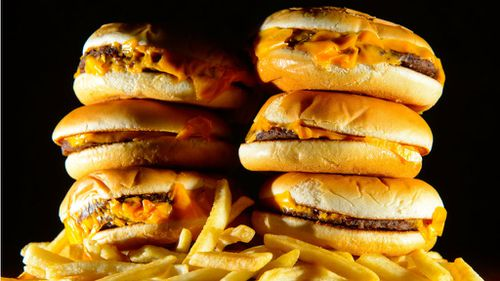 Aussies eating too much junk food: report