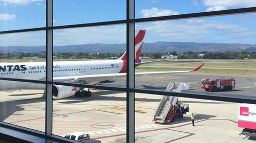 Qantas plane makes emergency landing
