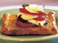 Goats' cheese and tomato galettes