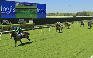 Spring Races return to Sydney as restrictions ease