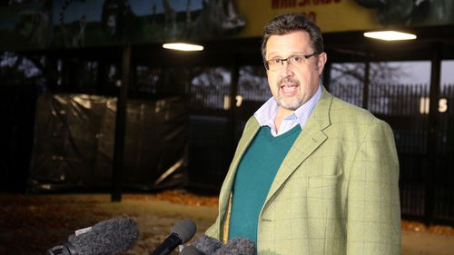 Zoological Director David Field makes a statement following the rhino attack. (AAP)