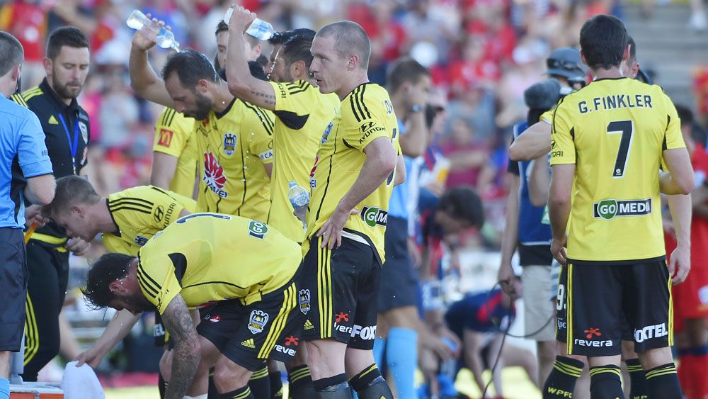 Some Wellington Phoenix players suffered heatstroke during their draw against Adelaide United. (AAP)