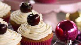 Christmas spiced cupcakes with brandy butter icing