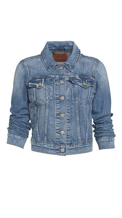 """<p><a href=""""http://www.levis.com.au/"""">Jacket, $119.95, Levi's</a></p>"""