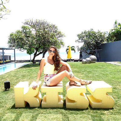 Who'll get Lana's next kiss?