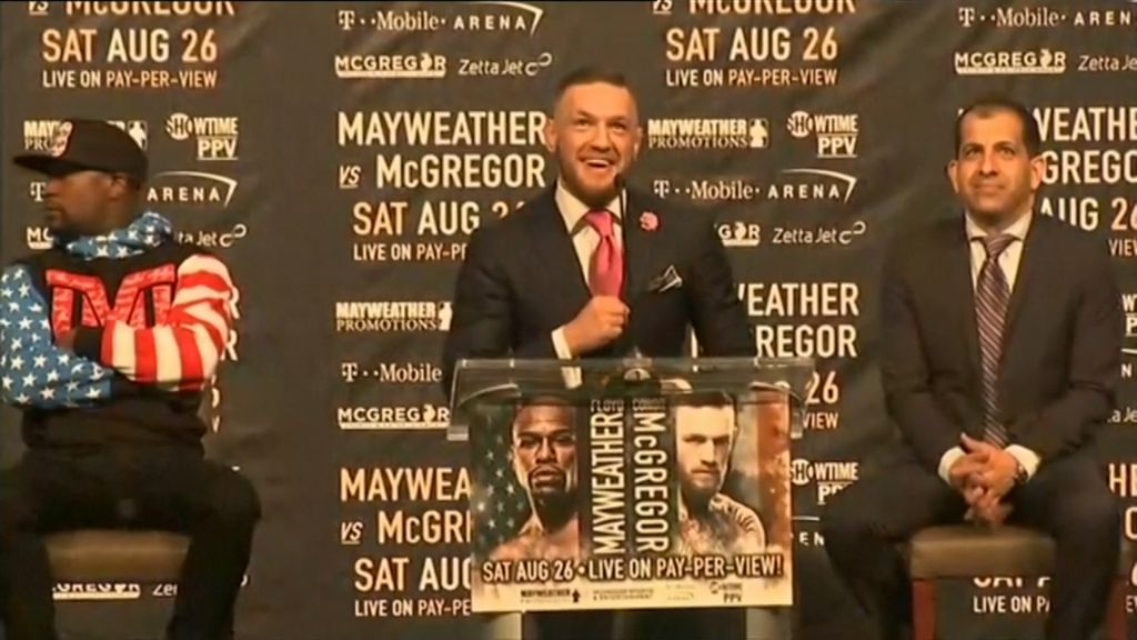 McGregor trash talks Mayweather in LA