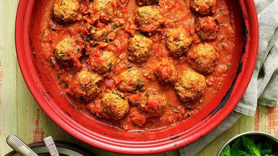 "Recipe:&nbsp;<a href=""http://kitchen.nine.com.au/2016/05/13/13/26/lamb-kefta-tagine"" target=""_top"" draggable=""false"">Lamb kofta tagine</a>"