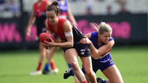 Melbourne captain Daisy Pearce in action. (AAP)