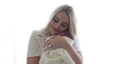 Tahlia and baby Arlington - a tight bond. Image: Instagram/@Housewifestyle.