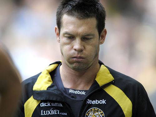 Ben Cousins hospitalised after erratic behaviour on Perth freeway