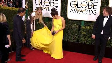9RAW: Game of Thrones actress gives co-star a helping hand on the red carpet