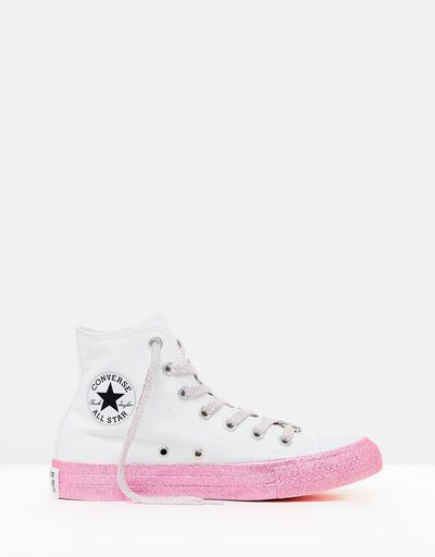 "<a href=""https://www.theiconic.com.au/converse-x-miley-chuck-taylor-all-star-hi-632664.html"" target=""_blank"">Converse X Miley Chuck Taylor All Star Hi in Pink, $120</a>"