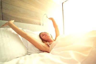 Expose yourself to bright light in the morning (but not at night)