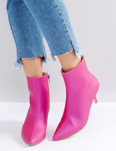 "<a href=""http://www.asos.com/au/raid/raid-alecia-kitten-heel-boots/prd/8371624?clr=pink&amp;SearchQuery=kitten+heel&amp;pgesize=36&amp;pge=0&amp;totalstyles=41&amp;gridsize=3&amp;gridrow=5&amp;gridcolumn=1"" target=""_blank"">RAID Alecia Kitten Heel Boots in Hot Pink, $70</a><br>"