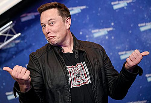 Elon Musk at Berlin awards (Getty)