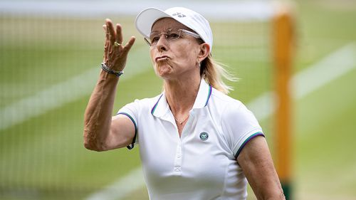Martina Navratilova sorry for breaking protocol on banner