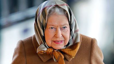 The surprising item the Queen travels with.