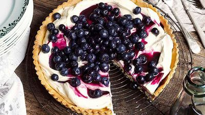"<a href=""http://kitchen.nine.com.au/2016/05/16/19/30/blueberry-tart"" target=""_top"">Blueberry tart</a>"