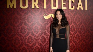 Girl crush alert! Olivia Munn looks seriously sizzling at the premiere of new flick, Mortdecai. In fact, we're calling it, she outshines co-sta Gwyneth Paltrow. <br/><br/>Check out the slideshow to see more of Munn's raunchy dress, Gwyneth's safe choice and their co-stars Johnny Depp and Ewan McGregor.