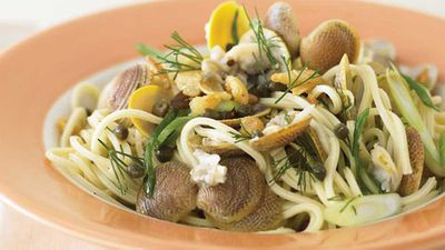 "Recipe:&nbsp;<a href=""http://kitchen.nine.com.au/2016/05/13/12/16/spaghetti-with-clams"" target=""_top"">Spaghetti with clams</a>"