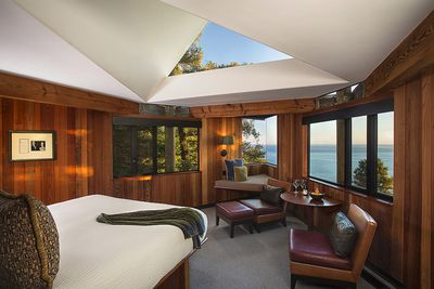 Post Ranch Inn Treehouse, California, USA