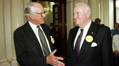 Malcolm Fraser and Whitlam in 1999. (AAP)