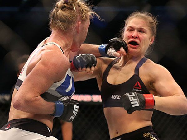 Holm 'intellectually superior to Rousey'