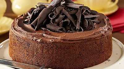 "Recipe:&nbsp;<a href=""http://kitchen.nine.com.au/2016/05/05/11/06/the-original-one-bowl-chocolate-cake"" target=""_top"">The original 'one bowl' chocolate cake</a>"