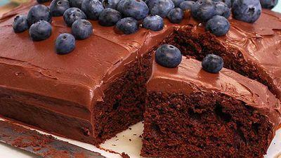 "Recipe:<a href=""http://kitchen.nine.com.au/2016/05/05/12/12/quick-mix-chocolate-cake"" target=""_top"">Quick mix chocolate cake</a>"
