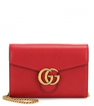 "<a href=""http://www.mytheresa.com/en-de/gg-small-leather-shoulder-bag.html?block=9"" target=""_blank"">Bag, $1320, Gucci at mytheresa.com</a>"