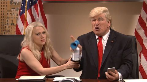 9RAW: SNL mocks Trump's Twitter habits