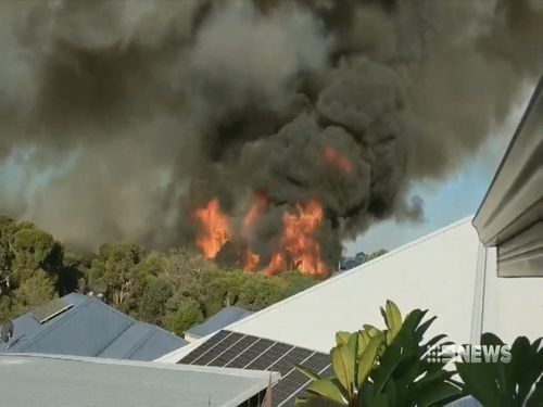 Smoke billowed from the Aveley blaze. (9NEWS)