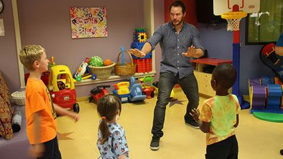 """Jurassic World star Chris Pratt has shown his soft side, making a special visit to a Louisiana children's hospital.<br><br> The actor used his """"raptor whispering"""" skills to cheer up the patients at Our Lady of the Lake Children's Hospital.<br><br> """"Our patients were all smiles and we are so thankful to Chris for lifting their spirits by visiting and handing out Jurassic World goodies,"""" the hospital wrote on Facebook.<br><br> """"Thanks to Children's Miracle Network Hospitals for coordinating such a special visit.""""<br><br>Supplied: Facebook/Our Lady of the Lake Children's Hospital"""